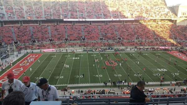 Ohio Stadium, secção: 19C, fila: 11, lugar: 13