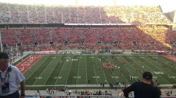 Ohio Stadium, secção: 19C, fila: 9, lugar: 13