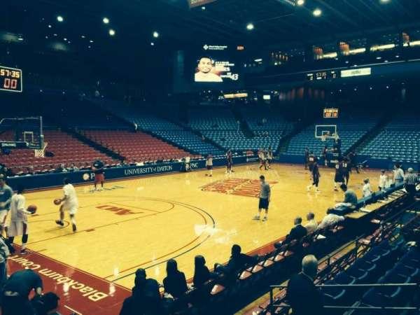 University Of Dayton Arena, secção: 107, fila: H, lugar: 6