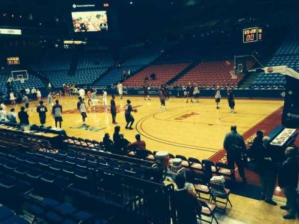 University Of Dayton Arena, secção: 102, fila: J, lugar: 17