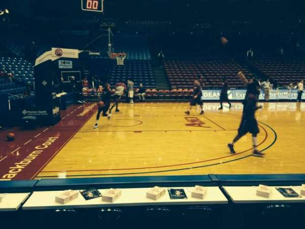 University Of Dayton Arena, secção: 114, fila: C, lugar: 5