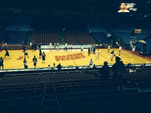 University Of Dayton Arena, secção: 219, fila: H, lugar: 8