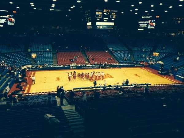 University Of Dayton Arena, secção: 305, fila: A, lugar: 11