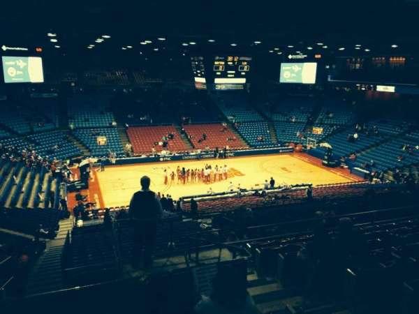 University Of Dayton Arena, secção: 306, fila: J, lugar: 4
