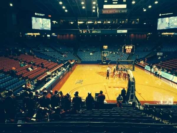 University Of Dayton Arena, secção: 213, fila: D, lugar: 6