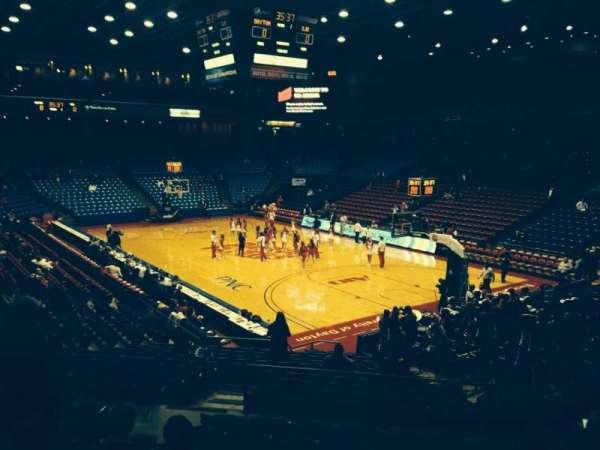 University Of Dayton Arena, secção: 214, fila: i, lugar: 8