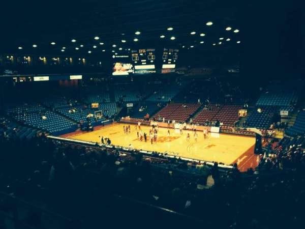 University Of Dayton Arena, secção: 218, fila: G, lugar: 3