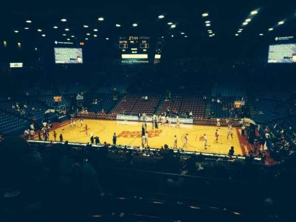 University Of Dayton Arena, secção: 310, fila: E, lugar: 6