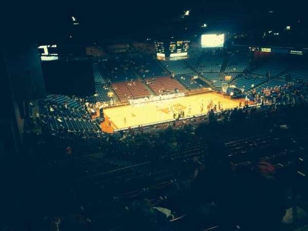 University Of Dayton Arena, secção: 414, fila: G, lugar: 4