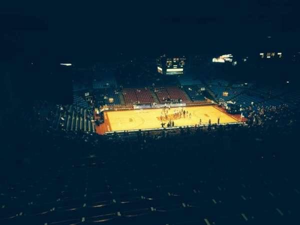 University Of Dayton Arena, secção: 413, fila: O, lugar: 8