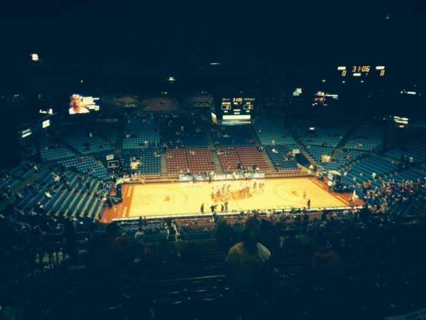 University Of Dayton Arena, secção: 412, fila: G, lugar: 10