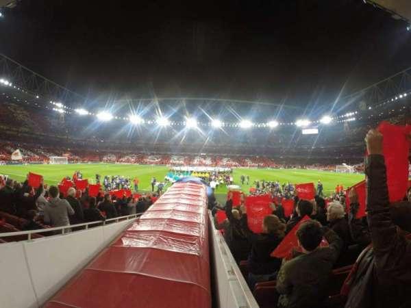 Emirates Stadium, secção: 32, fila: 17