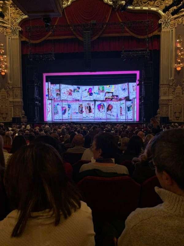 James M. Nederlander Theatre, secção: Orchestra C, fila: W, lugar: 113