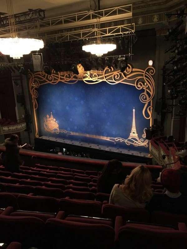 Broadhurst Theatre, secção: Mezzanine R, fila: K, lugar: 26