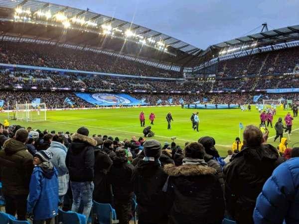 Etihad Stadium (Manchester), secção: 132, fila: K, lugar: 885