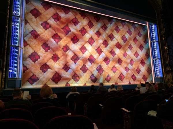 Brooks Atkinson Theatre, secção: Orchestra L, fila: G, lugar: 3