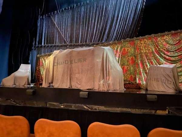 Majestic Theatre, secção: Center Orchestra, fila: B, lugar: 12