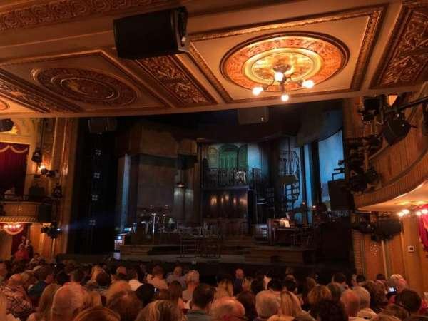 Walter Kerr Theatre, secção: Orchestra L, fila: M, lugar: 4