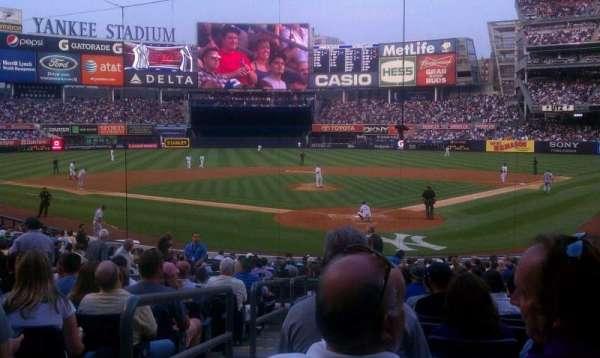 Yankee Stadium, secção: 120b, fila: 23, lugar: 14