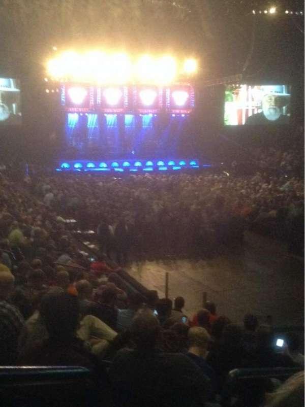 Bridgestone Arena, secção: 103