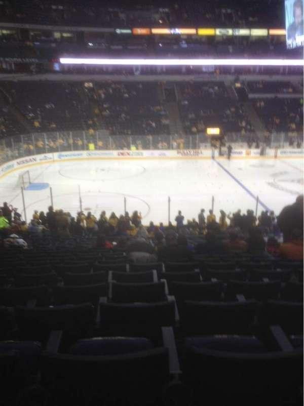 Bridgestone Arena, secção: 104, fila: M, lugar: 8