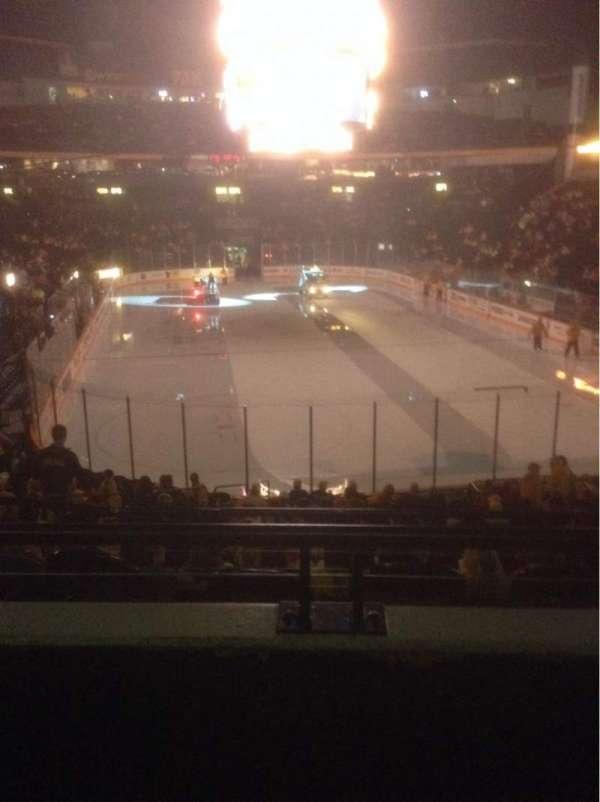 Bridgestone Arena, secção: 120, fila: J, lugar: 11