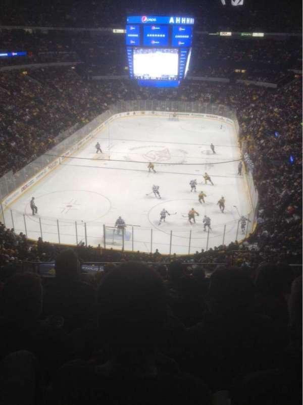Bridgestone Arena, secção: 318, fila: H, lugar: 1