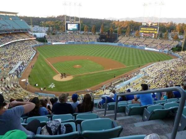 Dodger Stadium, secção: 4RS, fila: K, lugar: 22