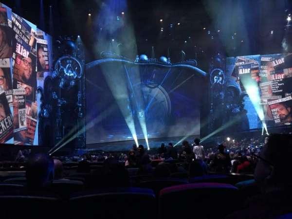 Michael Jackson One Theatre, secção: 201, fila: GG, lugar: 11