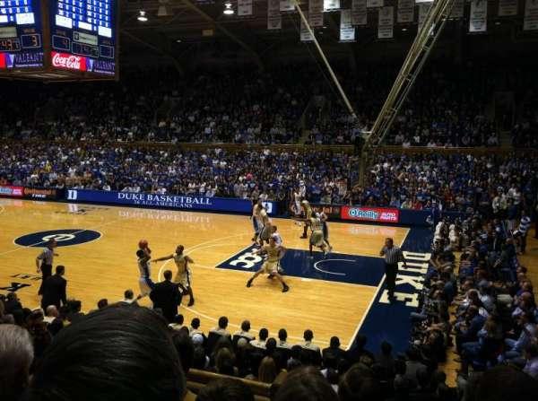 Cameron Indoor Stadium, secção: 9, fila: A, lugar: 9