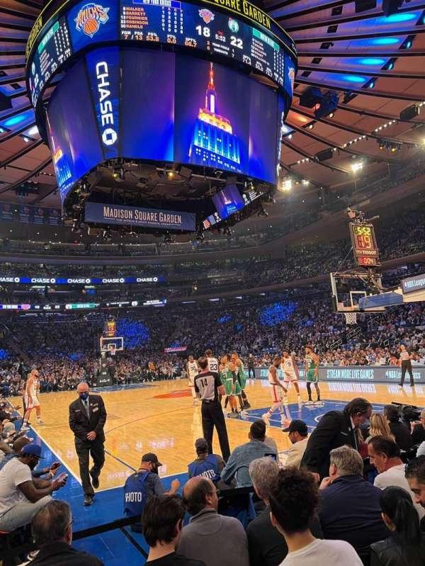 Madison Square Garden, secção: 1, fila: 4, lugar: 3