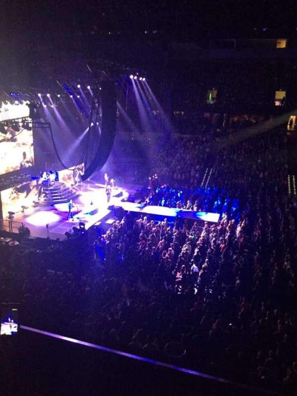 Spokane Arena, secção: 215, fila: B, lugar: 5