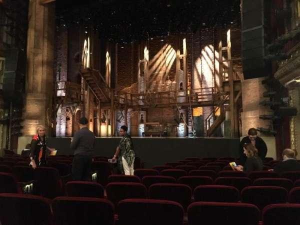 CIBC Theatre, secção: Orchestra R, fila: M, lugar: 10