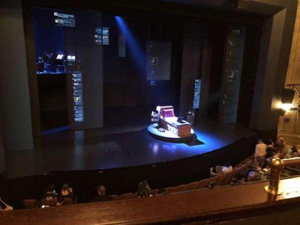 Music Box Theatre, secção: Mezzanine L, fila: B, lugar: 7