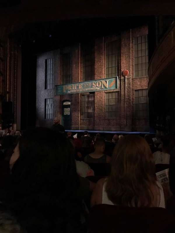 Al Hirschfeld Theatre, secção: Orchestra R, fila: O, lugar: 18