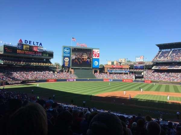 Turner Field, secção: 208L, fila: 9, lugar: 109