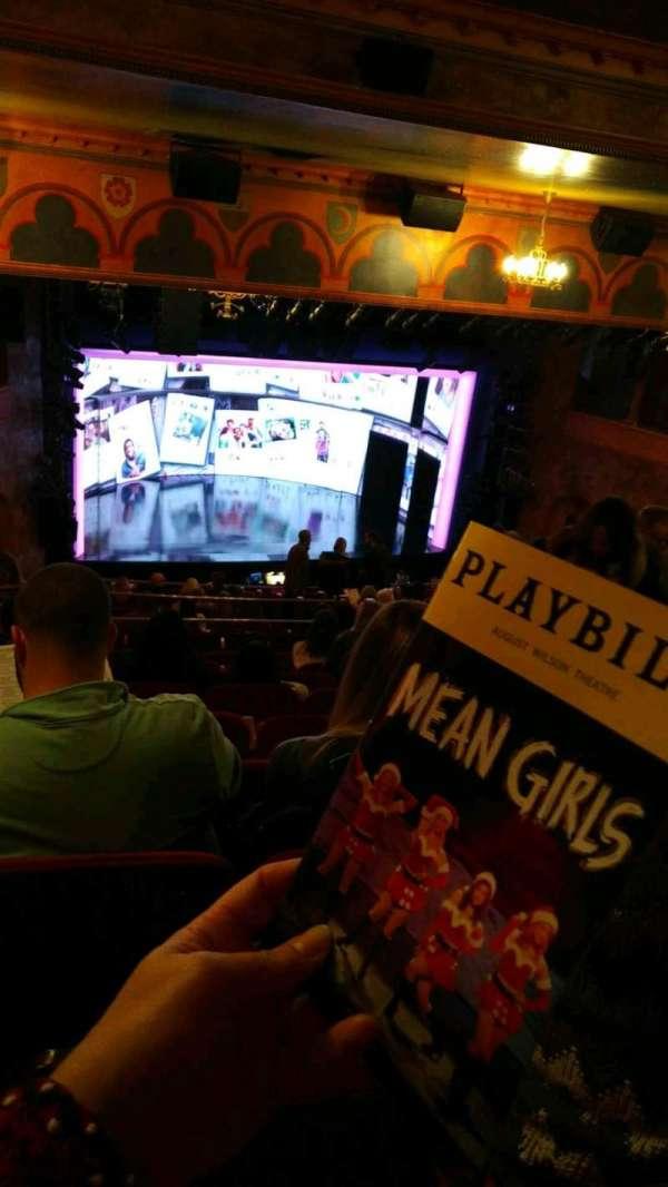 August Wilson Theatre, secção: mezzanine l, fila: Q, lugar: 15