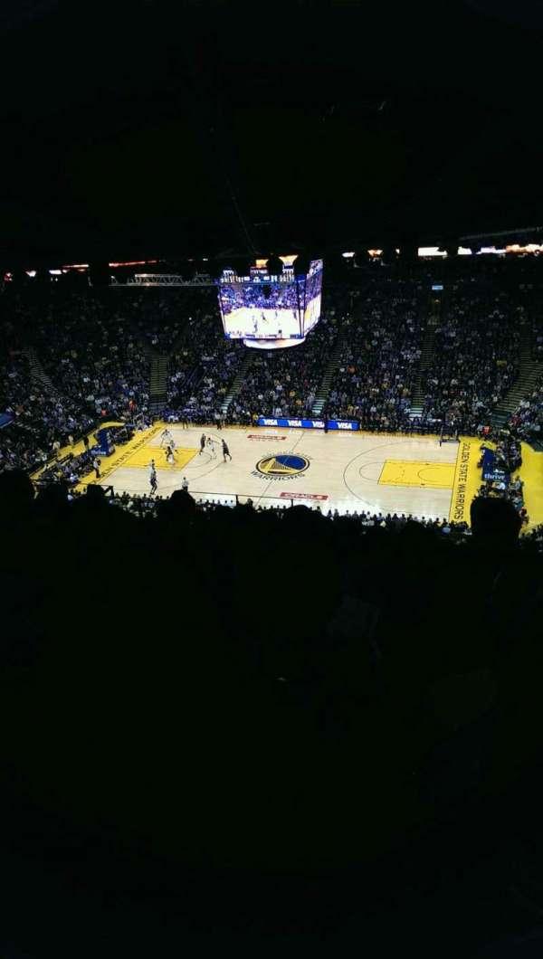 Oracle Arena, secção: 215, fila: 17, lugar: 9