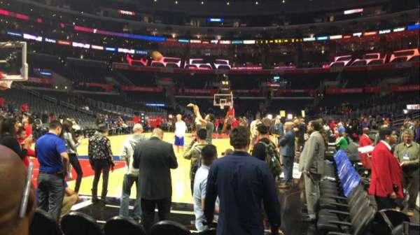 Staples Center, secção: 105, fila: C, lugar: 1