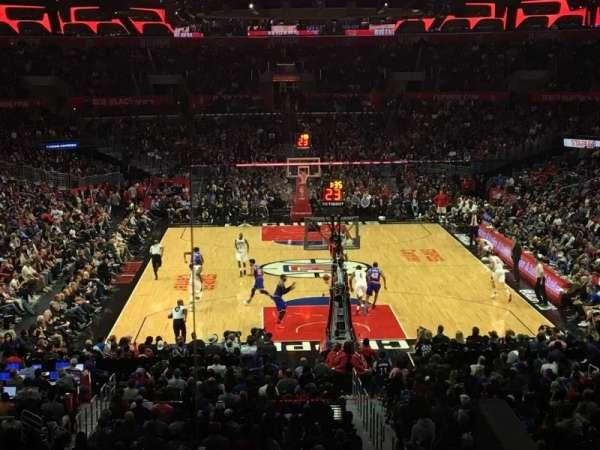 Staples Center, secção: 208, fila: 7, lugar: 2