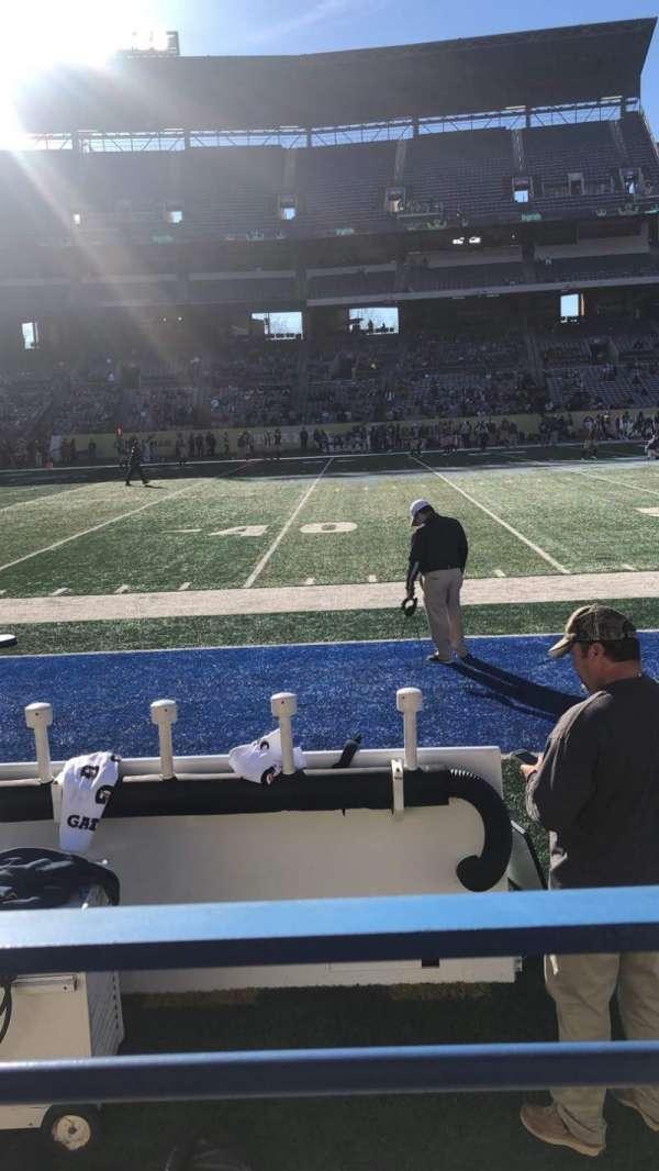 Georgia State Stadium, secção: 132, fila: 1, lugar: 1