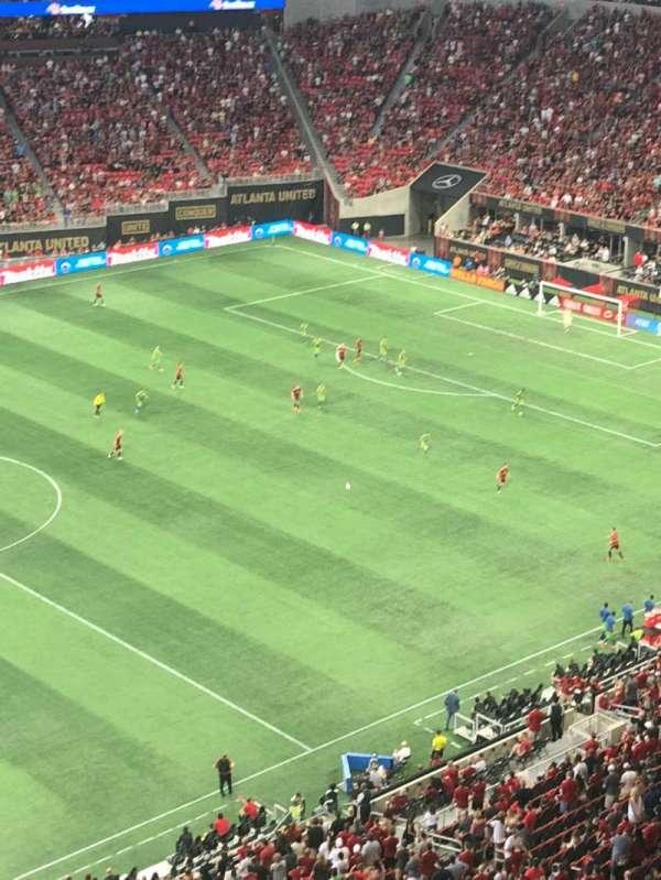 Mercedes-Benz Stadium, secção: 343, fila: 1, lugar: 3