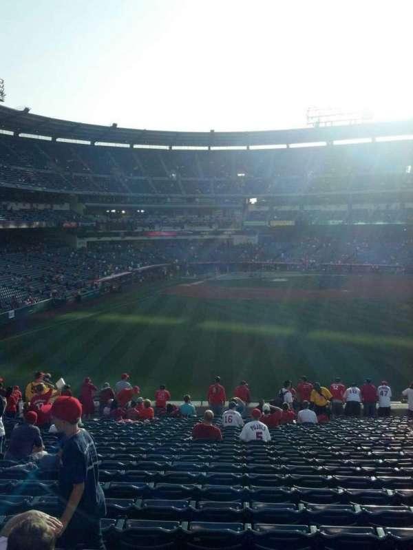 Angel Stadium, secção: 237, fila: ww, lugar: 5