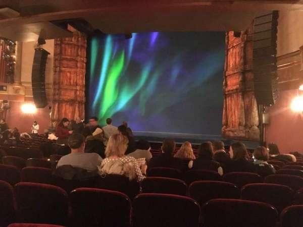St. James Theatre, secção: orchestra, fila: O, lugar: 22