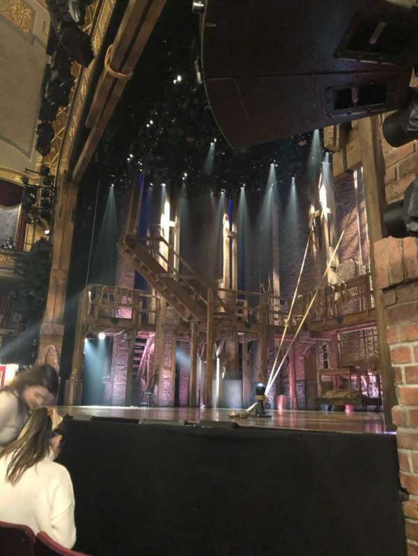 Richard Rodgers Theatre, secção: Orchestra R, fila: B, lugar: 16
