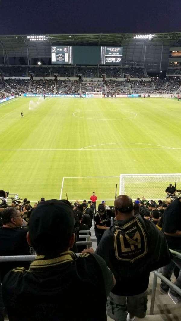 Banc of California Stadium, secção: supporters