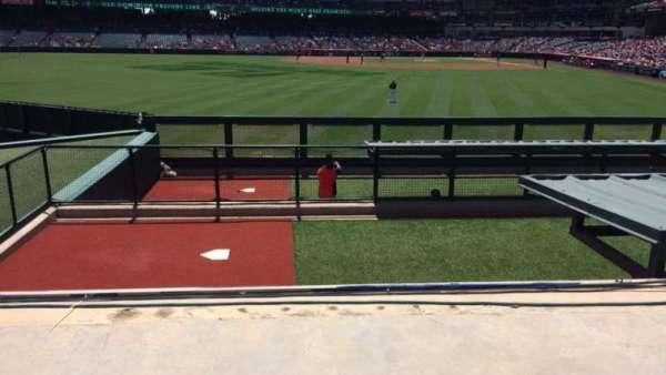 Angel Stadium, secção: P258, fila: H, lugar: 9