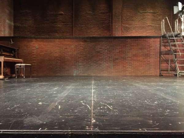 The Newman Theater at the Joseph Papp Public Theatre, secção: Orchestra, fila: A, lugar: 6