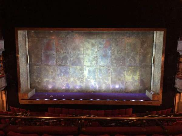 Cort Theatre, secção: Mezzanine C, fila: D, lugar: 107