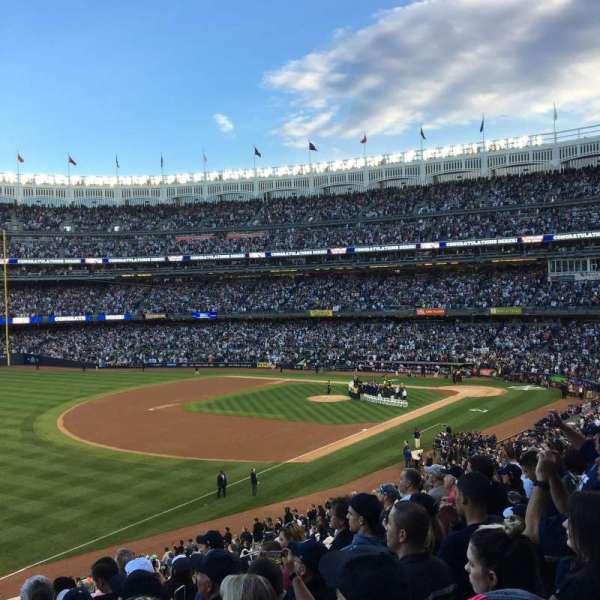 Yankee Stadium, secção: 229, fila: 8, lugar: 8